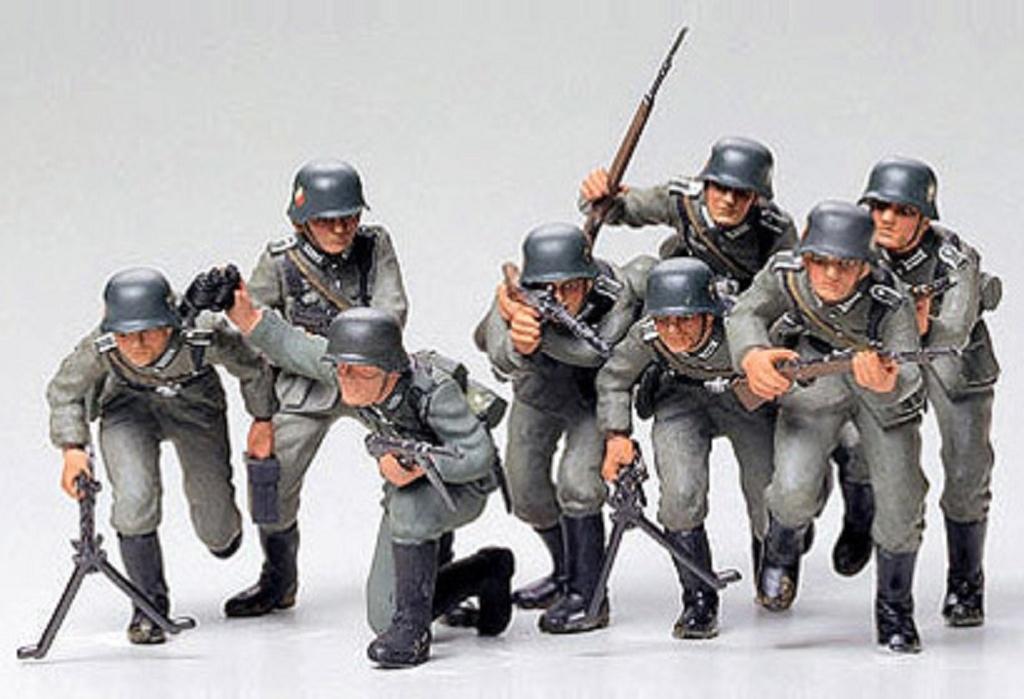 1:35 WWII Figuren-Set Deutsche Infanterie