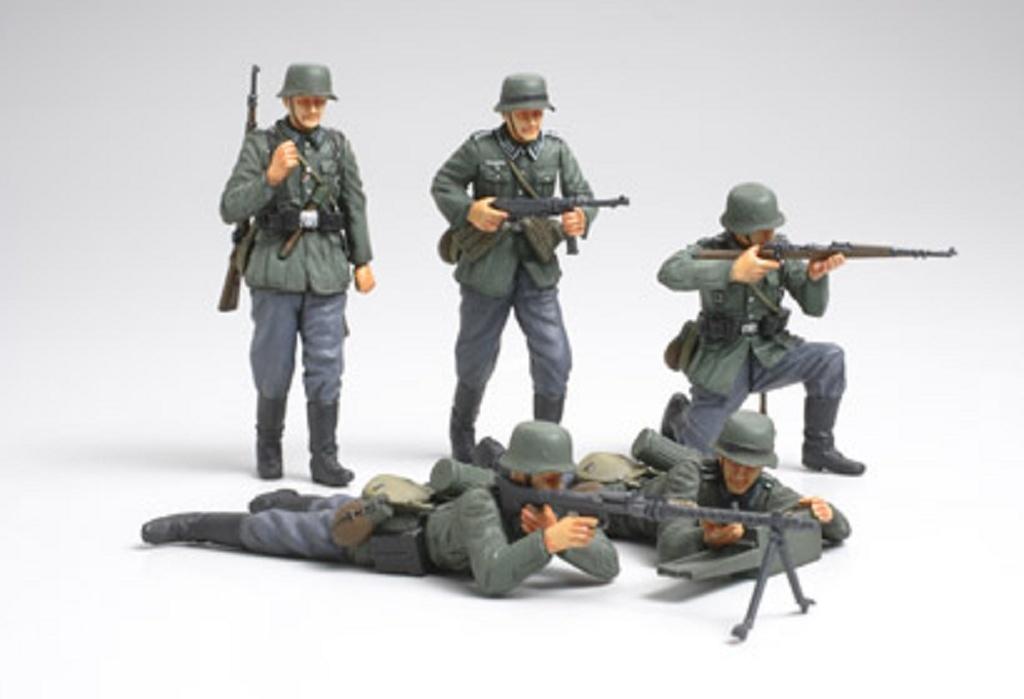 1:35 WWII Fig-Set Deutsche Infanterie