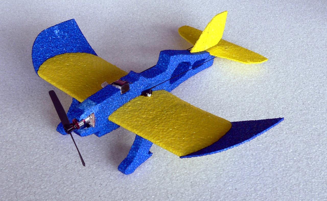 MINIPROP  Mini Magnum Reloaded 0,4m (blau/gelb)